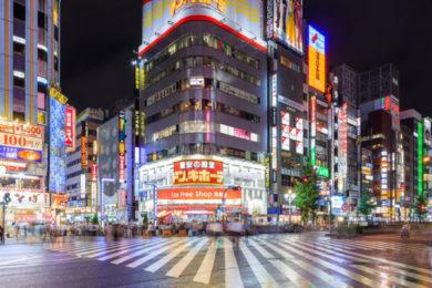歌舞伎町近くの風景